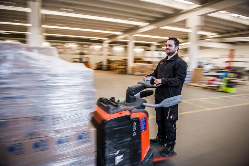 Wie Logistik Spaß machen kann: Ein vielseitiger Beruf mit Aufstiegschancen