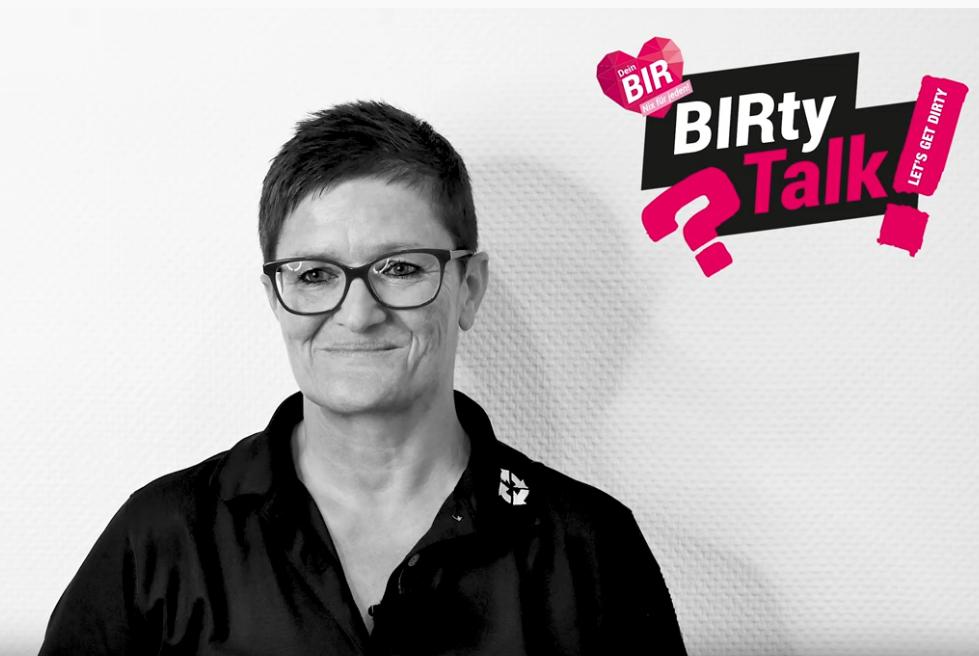 """""""Musik hören!""""   BIRty Talk Sibylle"""